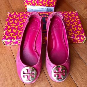 Tory Burch kids ballet flats red.